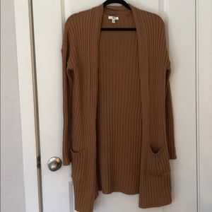 BP RIBBED CARDIGAN.